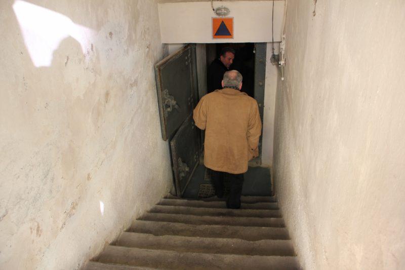 Stațiile de metrou, bisericile și hotelurile, obligate să aibă adăposturi de protecție civilă